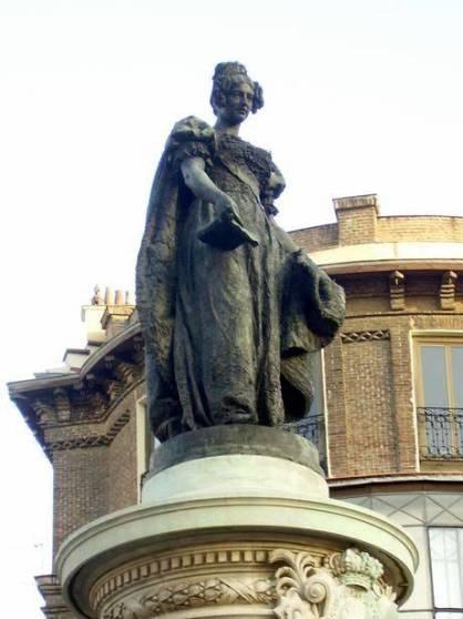 M. Cristina de Borbón. Foto: Blog escultura urbana