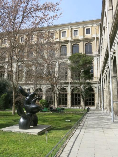 Detalle de parte del jardín del Museo